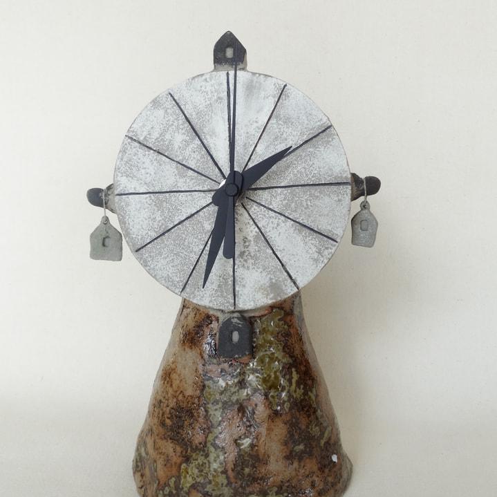 縄文人の置き時計