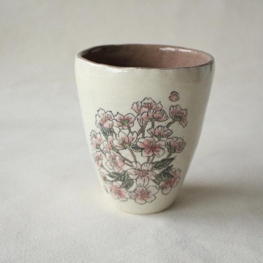 桜のデザートカップ