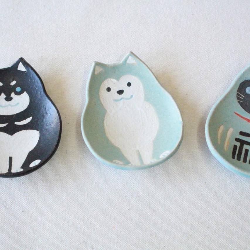 柴犬と招き猫のお皿